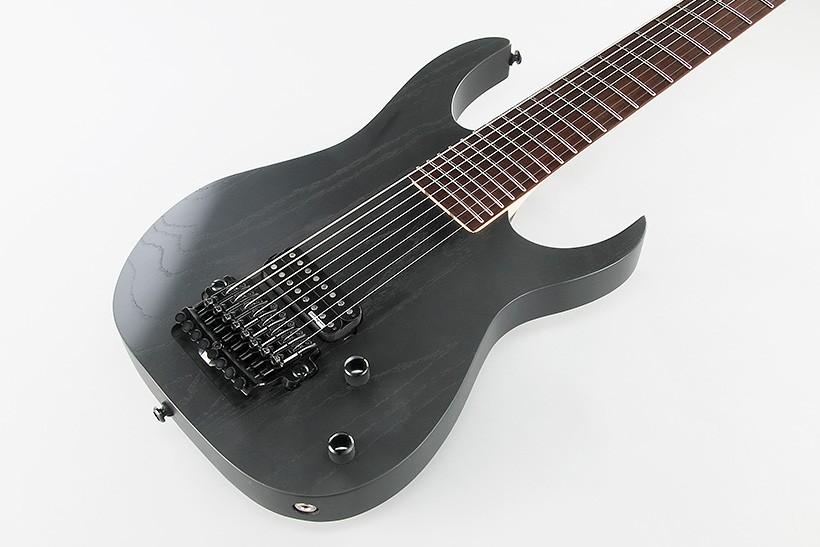 восьмиструнная гитара